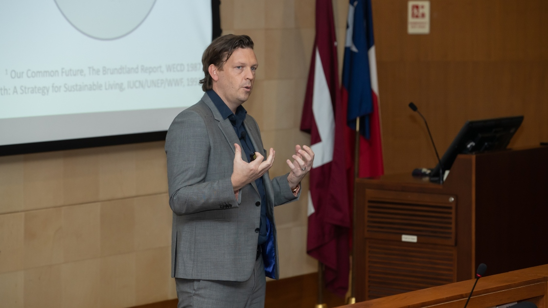 The SC's Orjan Lundberg, Sustainability and Environmental Subject Matter Expert, at a Community Lecture last year.